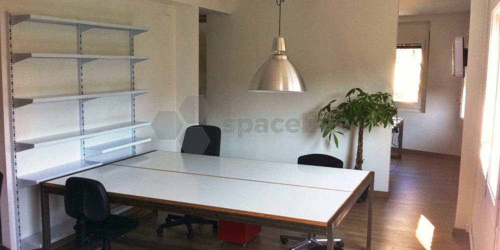 Spacebee | Mesa de trabajo