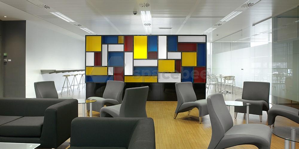 Sala de descanso Mondrián.