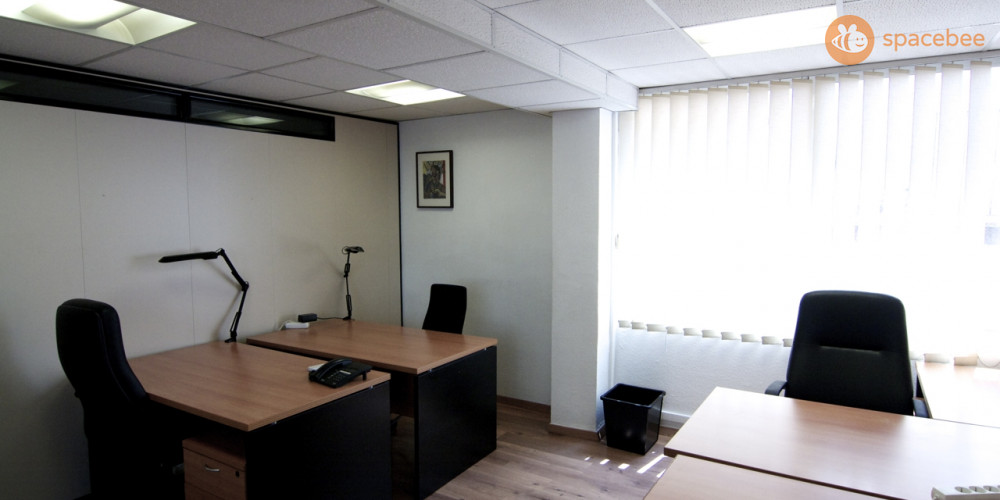 Despachos privados de 4 a 6 personas