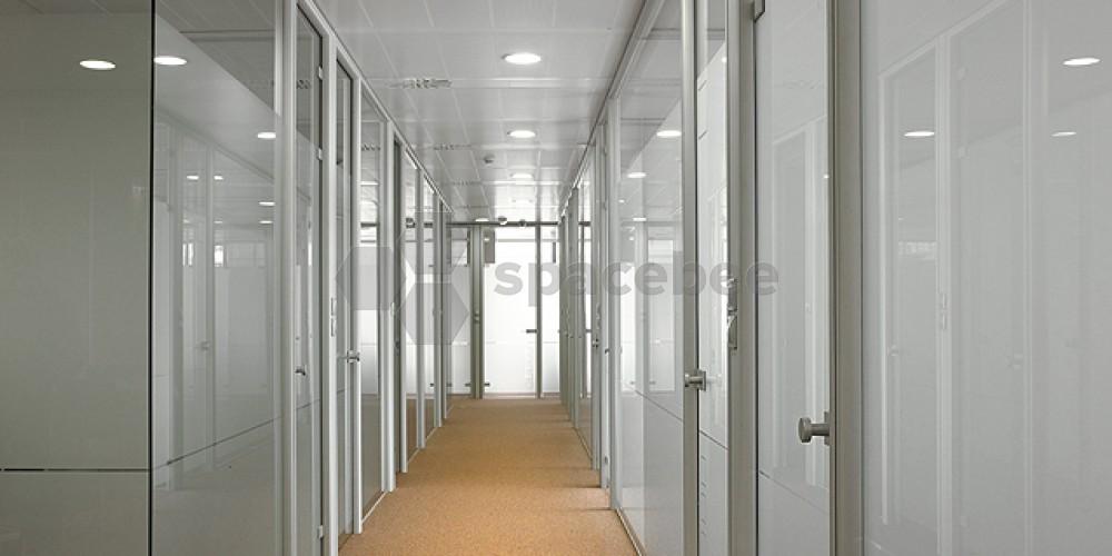 Pasillo del edificio CINC