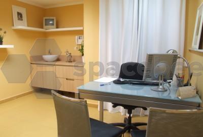 Despacho médico con servicios extra