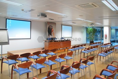 Sala de actos y conferencias