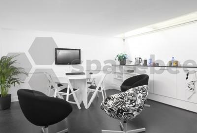 Moderna sala de reuniones y conferencias