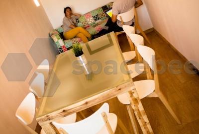 Sala de reuniones aislada y privada