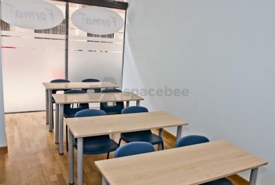 Aula con capacidad de 8 personas