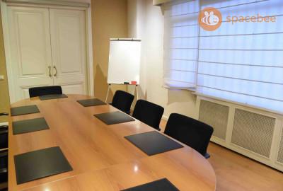Sala para reuniones en calle Velazquez