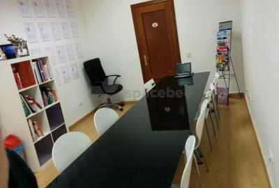 Acogedor espacio para formación y reuniones
