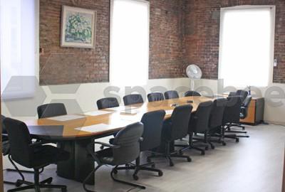 Sala de Juntas en ambiente profesional