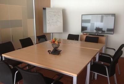 Salas de reuniones de 8 a 10 personas