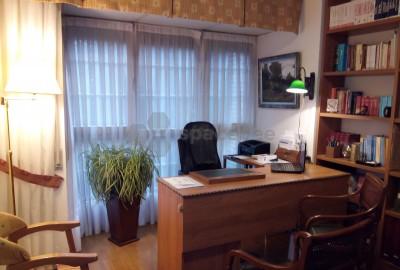 Elegante Despacho Profesional