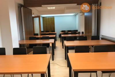 Sala de reuniones en la calle Capitán Haya