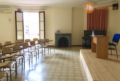 Salón Apolo - Plaza Cataluña- Aula de conferencias, cursos y talleres.
